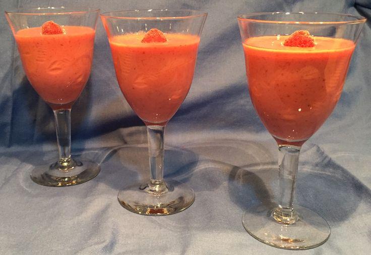 #Moussedefrutosrojos. Con la intención de… http://lasrecetasdejuanito.blogspot.com/2015/02/mousse-de-frutos-rojos.html