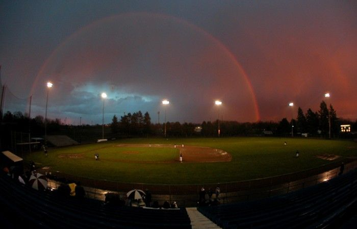 Who wouldn't want to enjoy an evening of college baseball when the views are like this- Whitman College Baseball