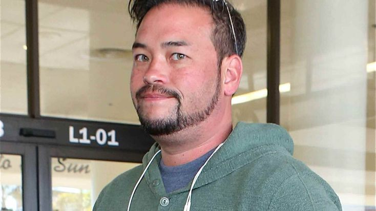 Unexpected Hero - Disgraced Reality Star Jon Gosselin Saves A Woman And Her Dogs From A Burning Building #CouplesTherapy, #JonGosselin celebrityinsider.org #Entertainment #celebrityinsider #celebrities #celebrity #celebritynews