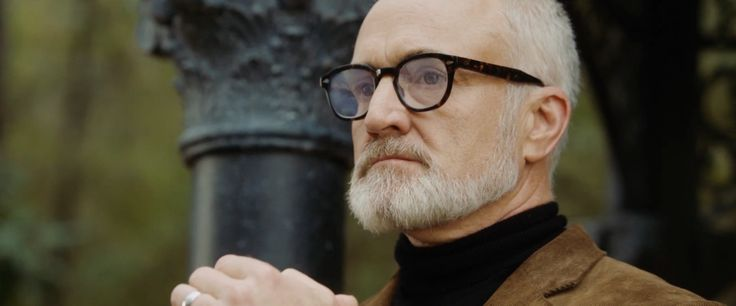 Moscot glasses worn by Bradley Whitford in GET OUT (2017)