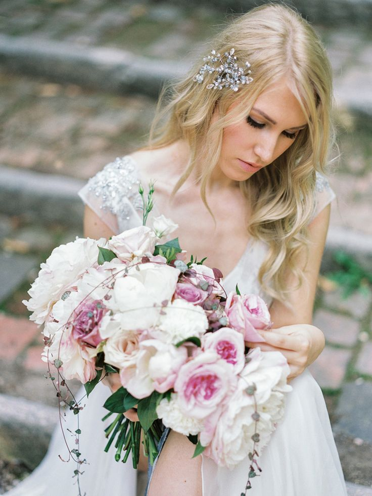 Romantic Verona Wedding Shoot in soft pinks and ivory colours + blue wedding…