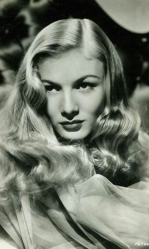 Veronica Lake // #NobodysChild #tbt #fashion