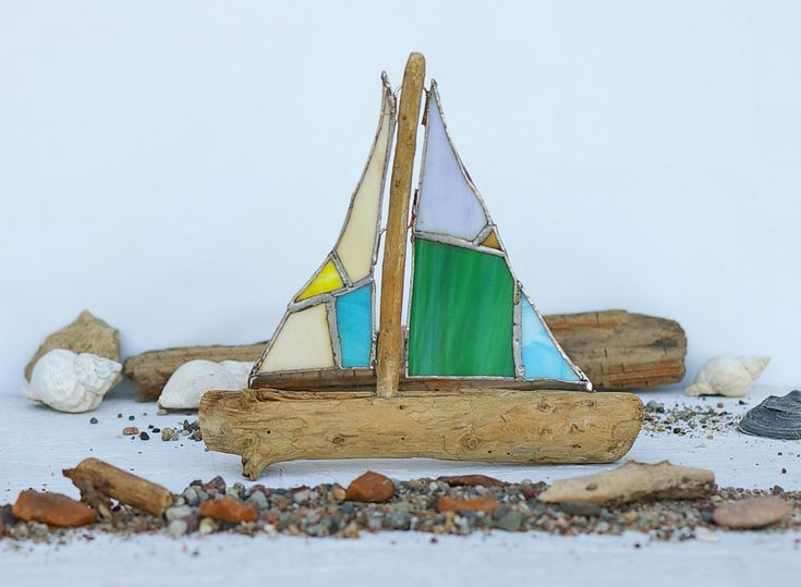 super Sailing ship made of driftwood and tiffany glass, driftwood, sailboat for decoration, bathroom, gift, maritim, birthday