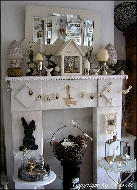 White Easter mantle 2011