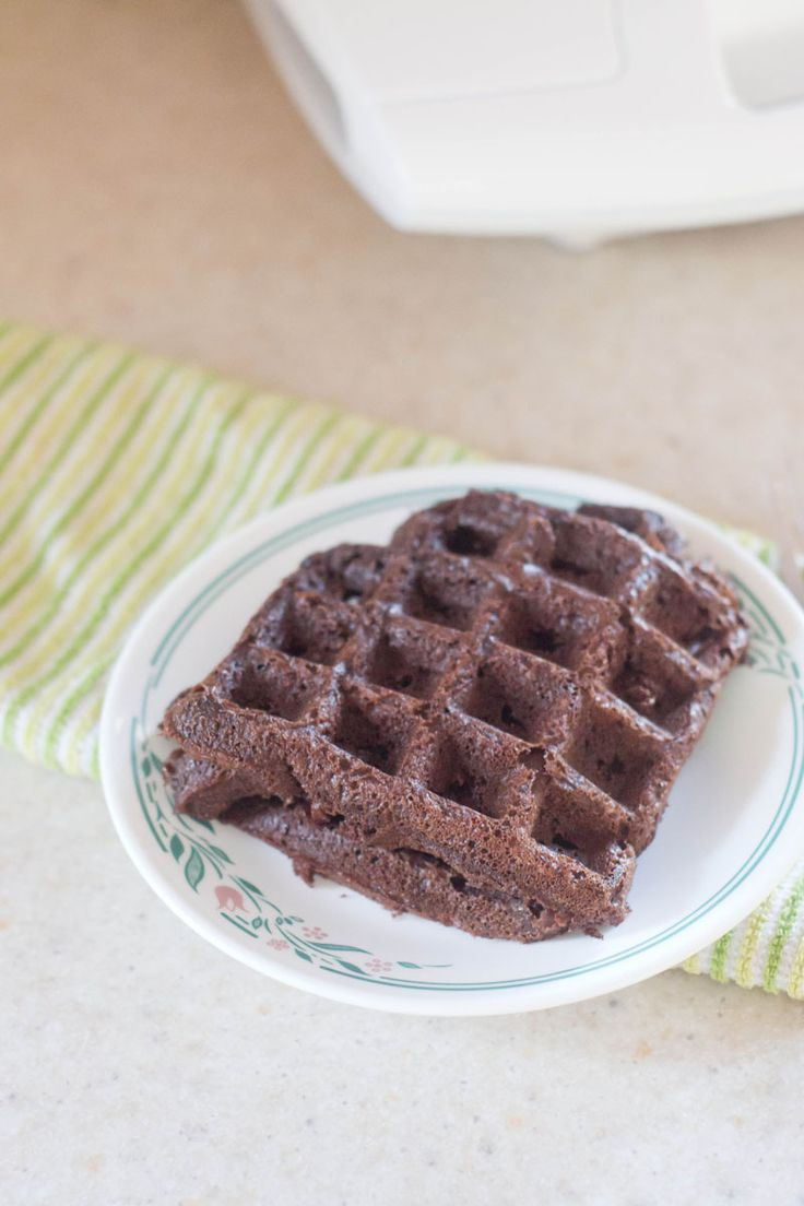 Make brownies in your waffle maker with this #PurelySimple mix from Pillsbury! [ad]
