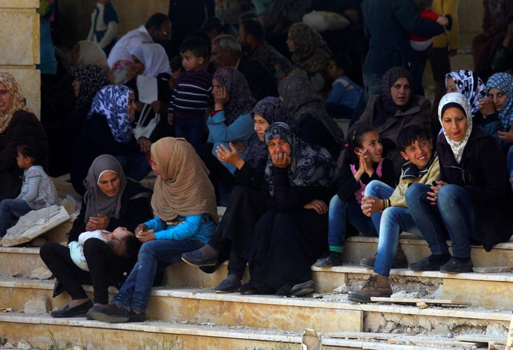 Five buses carrying rebels and relatives from Zabadani and Madaya leave for rebel-held territory, state-owned news channel Ikhbariyah says