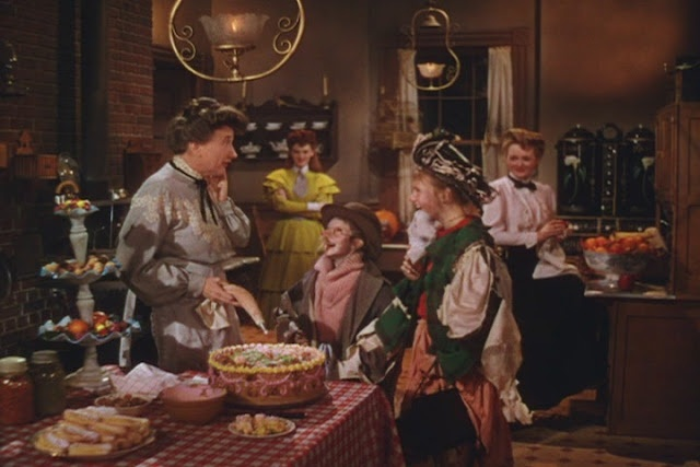 Meet Me in St. Louis. What wonderful homemade treats for Halloween!