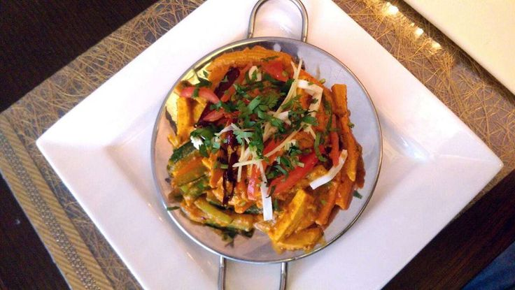 We welcome you to try our vegetarian special Jodh puri tawa masala : Grilled vegetables cooked with corn, tomato, onion and Indian spices. Price: 22 zł #Vegetarian #Indianfood #spicy