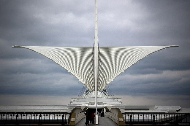 One of my all time favorite designers / architects / engineers.  Calatrava blends form and function so seamlessly! - Santiago Calatrava - Milwaukee Art Museum