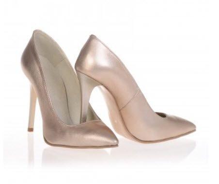 Pantofi roz auriu cu toc stiletto si varf ascutit