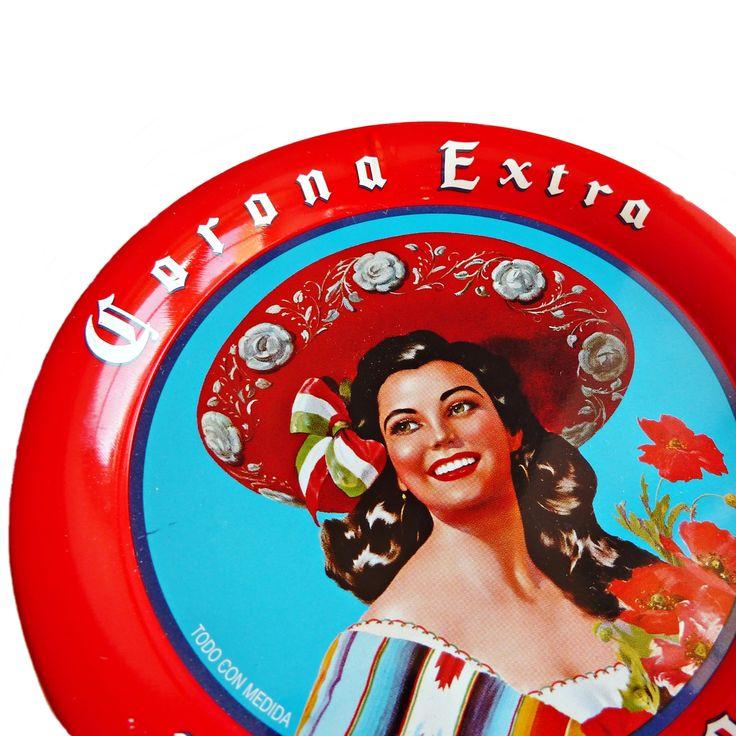 Sous-verre vintage bière mexicaine Corona Extra avec pin up rétro. #corona #collector #sombrero #pinup #vintage #serape #mexico