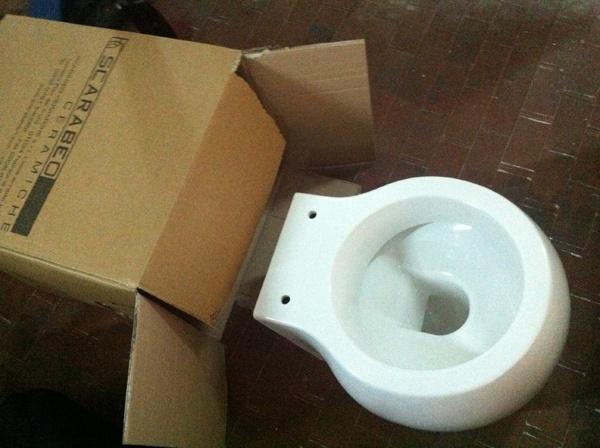 Scarabeo Planet Toilet