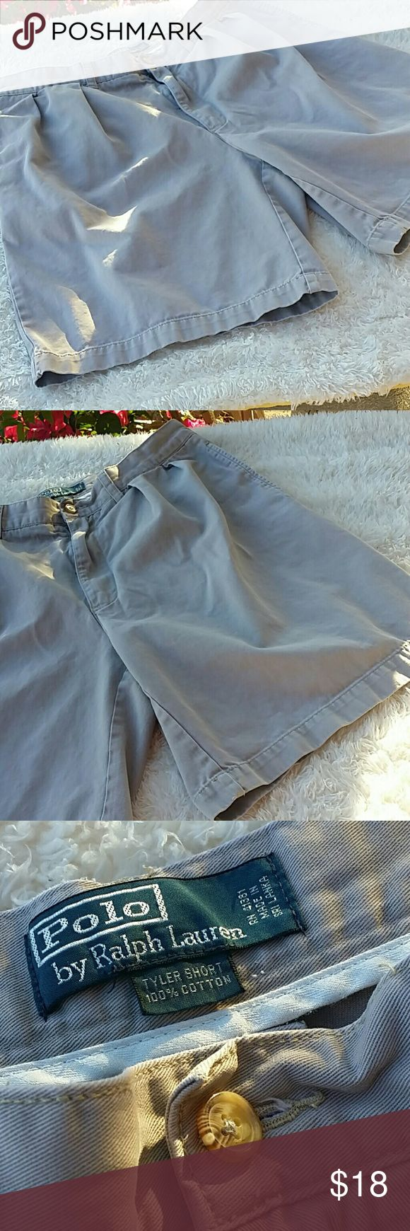 Polo Ralph Lauren Tyler Chino Shorts Pre-owned : gently used condition. No rips, tears, or stains. Feel free to ask questions or request different pictures. All items are from a smoke free but pet friendly home.  Reduce. Reuse. Recycle. Polo by Ralph Lauren Shorts
