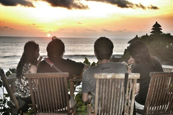 Take a enjoy trip with best friend in Tanah Lot , Bali , Indonesia