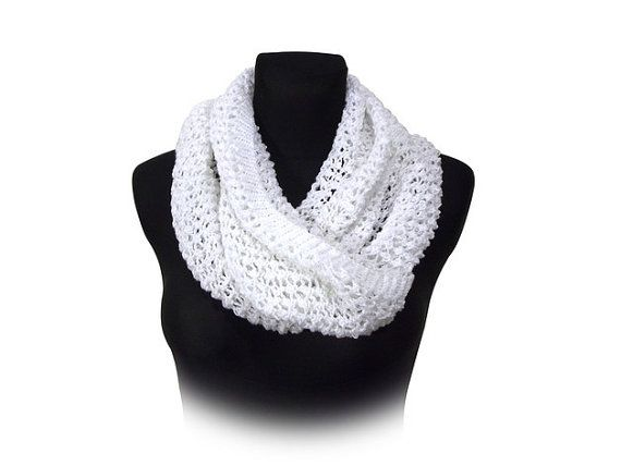 White lace mobius scarf cosy cowl by Stonevibration on Etsy #scarf #loop #laces #trendy #quality #gift #beauty #quality #trendy #fashion #style #minimalism #handmade #buyhandmade #betulek #bybetulek #fashion #look