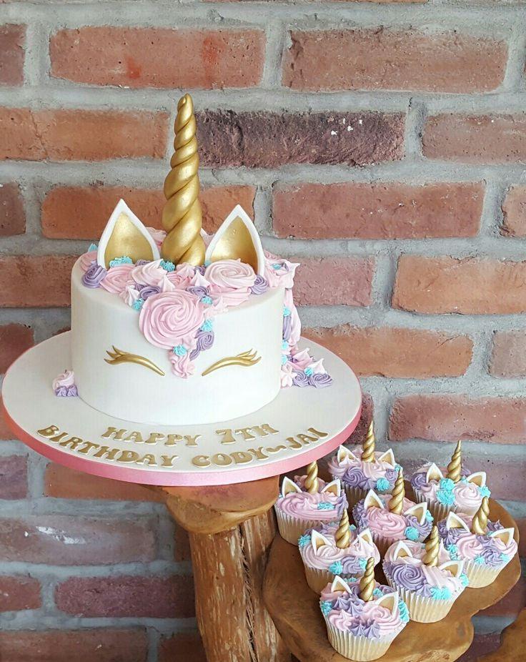 Pastel De Unicornio Y Cupcakes Tanem Cupcakes Pastel Tanem Unicornio Unicorn Birthday Cake Unicorn Cake Cupcake Cakes