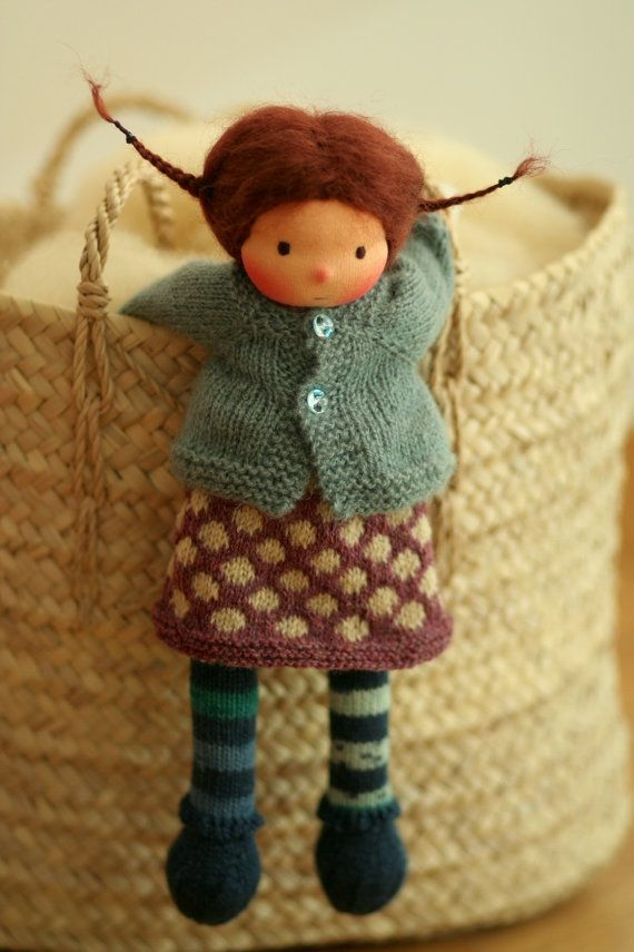 Knitting Patterns For Waldorf Dolls : 25+ Best Ideas about Waldorf Dolls on Pinterest Diy doll ...