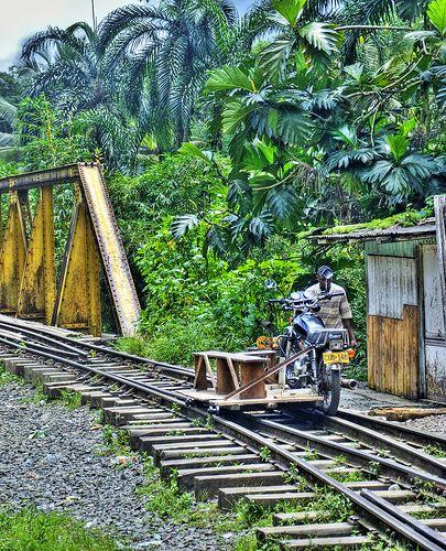 Colombia - Transporte rápido, San Cipriano, Valle del Cauca.