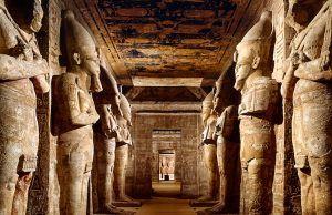 Antik Mısır'ın en büyük firavunlarından II. Ramses'in Hitit prensesi ile evlenmesi iki eski düşman ülkenin aralarındaki siyasi ittifakı güçlendirdi. Haberi okuyun: Mısır'ın En Büyük Kraliyet Düğünlerinden Birinin İçyüzü Arkeofili Arkeofili   #Birinin, #Büyük, #Düğünlerinden, #İçyüzü, #Kraliyet, #Mısırın http://havari.co/misirin-en-buyuk-kraliyet-dugunlerinden-birinin-icyuzu/