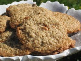Nestle' Oatmeal Scotchies