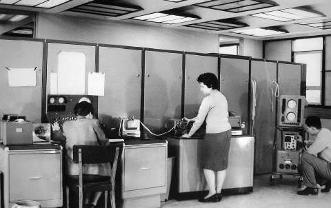 Computadora Clementina Foto de Grete Stern (1962)
