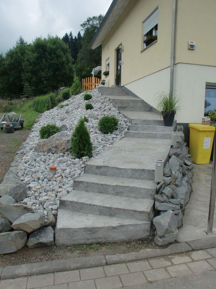 Die besten 25+ Steintreppen Ideen auf Pinterest Pflanzentreppe - design treppe holz lebendig aussieht