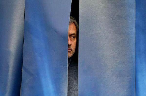 Chelsea Londyn przegrała wyraźnie z Manchesterem City • Reakcja Jose Mourinho po meczu Premier League • Wejdź i zobacz śmieszny mem >> #mourinho #funny #football #soccer #sports #pilkanozna