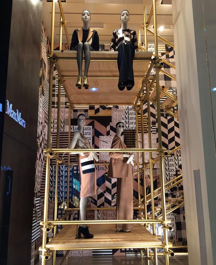 "MAXMARA, Milan, Italy, ""The Art of Scaffolding"", mannequins by Bonaveri Italy, creative by Chameleon Visual, pinned by Ton van der Veer"