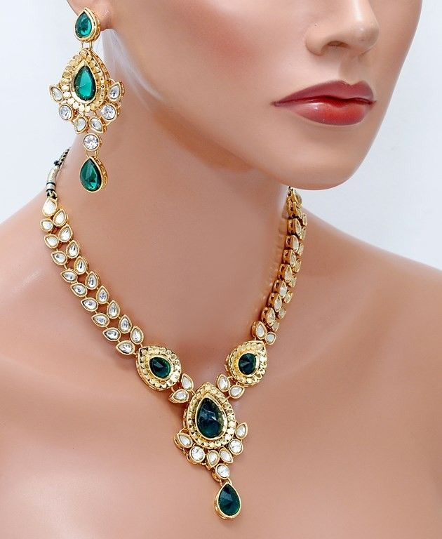 Beautiful green and white kundan set [Regular Price: $46.20 Now only: $30.03]