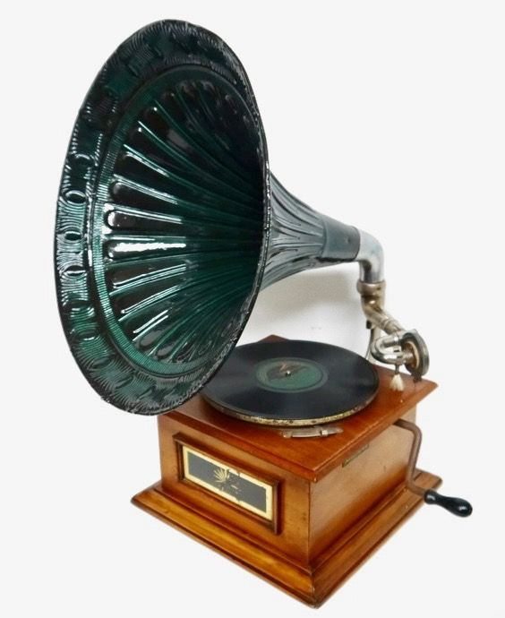 Catawiki online auction house: Gramophone with Horn - Netherlands - ca. 1900 brand Longines standard of the world