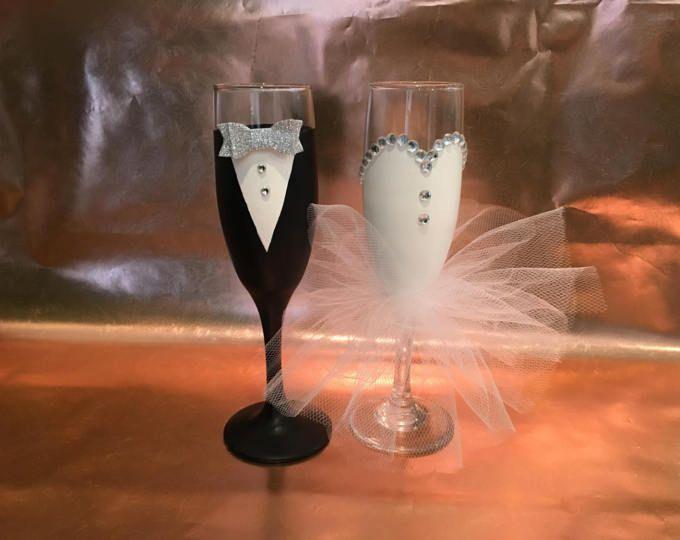 Copas de Champagne, novia y novios champán gafas, gafas de novia pintados a mano, copas de champagne de la fiesta de boda, flautas tostado