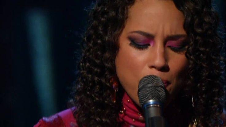 "Alicia Keys and Adam Levine - ""Wild Horses"".  [HD ]"