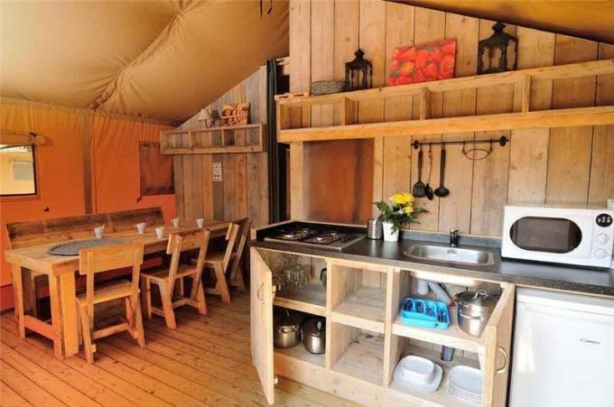 Glamping luxusní stany Kemp Valkanela http://www.hrvaska.net/cz/mobilni-domky/vrsar/glamping-stany-campsite-valkanela.htm