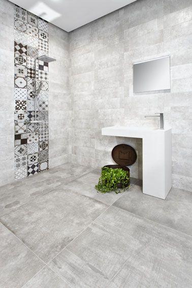 Piastrelle per il bagno effetto cemento 80x80  e il decoro 20x20 con effetto patchwork