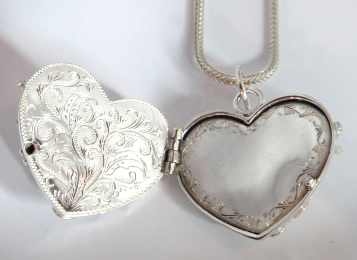 Highly detailed Silver locket pendant