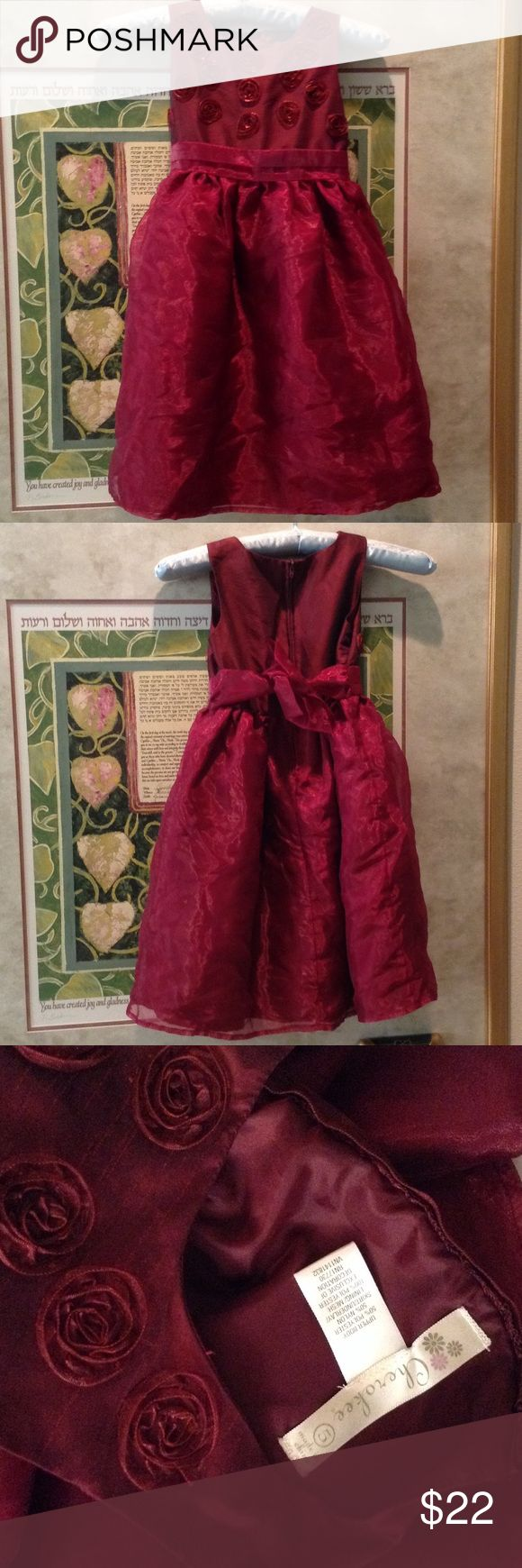 Cherokee Wine Red Artsy Flower Girl Dress Holiday Excellent condition. Burgundy/maroon. Tulle underneath. Layered. Dolly. Sweet. Dress H Cherokee Dresses Formal
