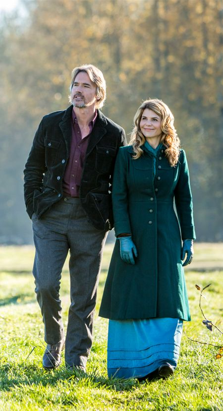 "Its a Wonderful Movie - Your Guide to Family Movies on TV: Lori Loughlin, Daniel Lissing, Erin Krakow and Jack Wagner return to Hope Valley in ""When Calls the Heart"" Season 3 on the Hallmark Channel!"