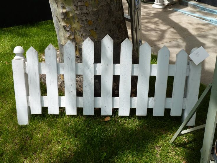 white picket fence headboard