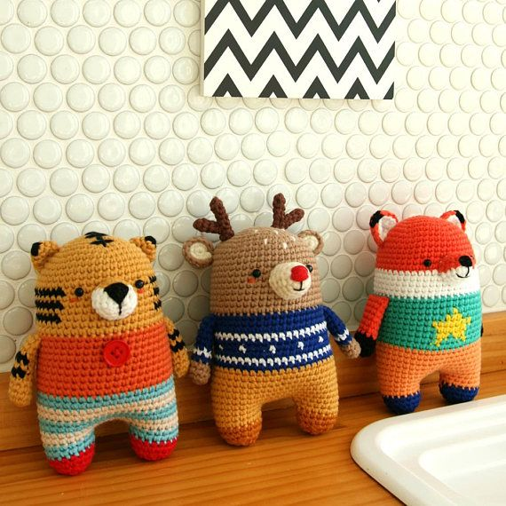 This is a crochet pattern in PDF – NOT the dolls in the picture! *Recommended for those who can understand SYMBOL PATTERNS. *Tiger pattern only. SKILL LEVEL -INTERMEDIATE LANGUAGES -ENGLISH SIZE -15cm (5.9inch) if using fingering weight yarn on a 3mm crochet hook.