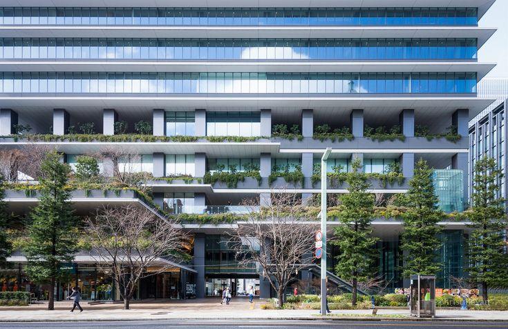 Tokyo Square Garden (東京スクエアガーデン). / Architect : Nikken Sekkei (設計:日建設計).