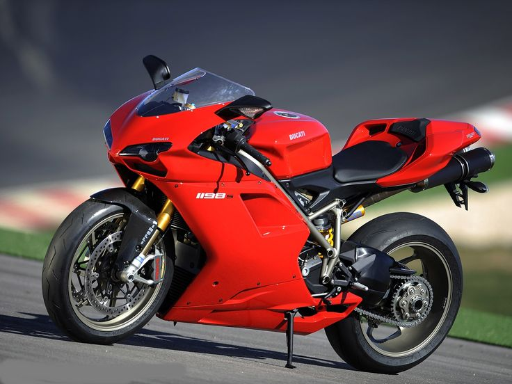 Ducati 1198 - https://plus.google.com/104747904100682227884/posts/hU1VGupPcUY