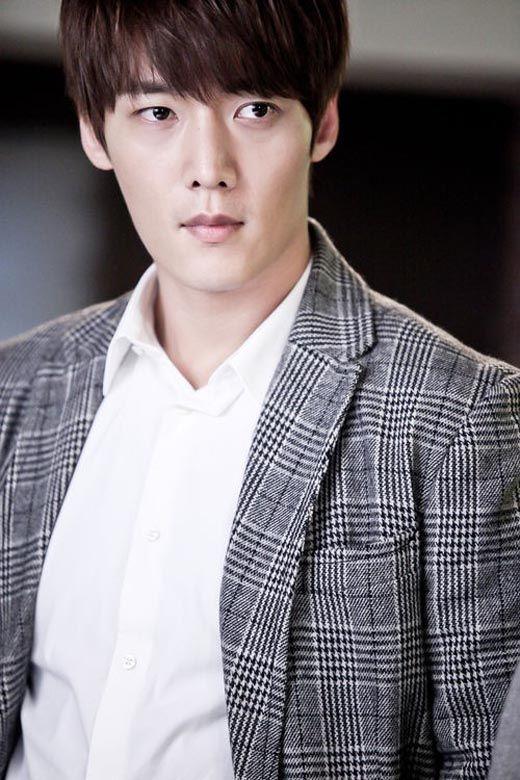 Choi Jin-hyuk to play young Lee Soon-jae » Dramabeans » Deconstructing korean dramas and kpop culture