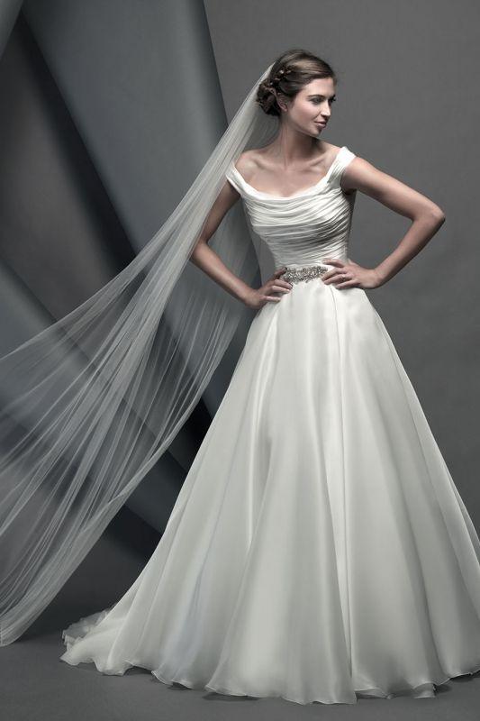 Suzanne Neville Wedding Dress Savoy