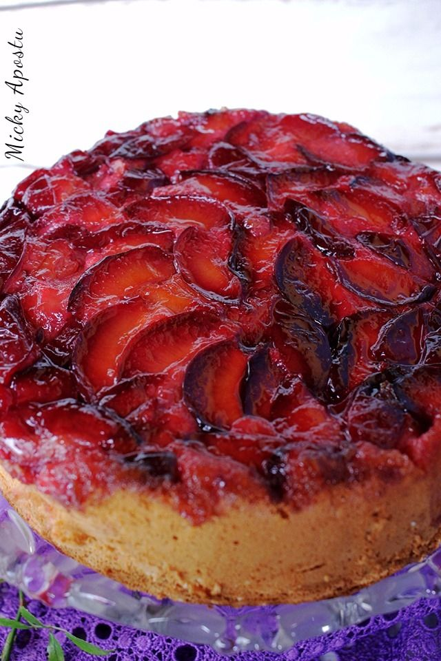 Upside down plum cake