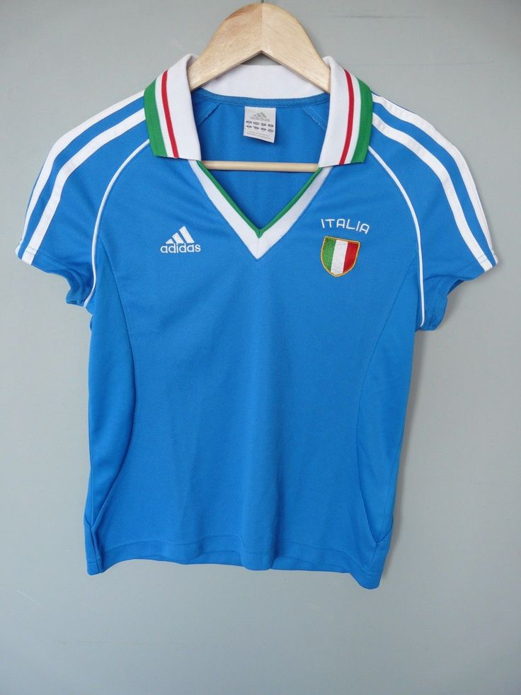 "Good used condition, but see photo of bobble. ITALY FOOTBALL TANK TOP. SIZE: 10 D36. Length - 21.5"". Pit to Cuff - 1"". 