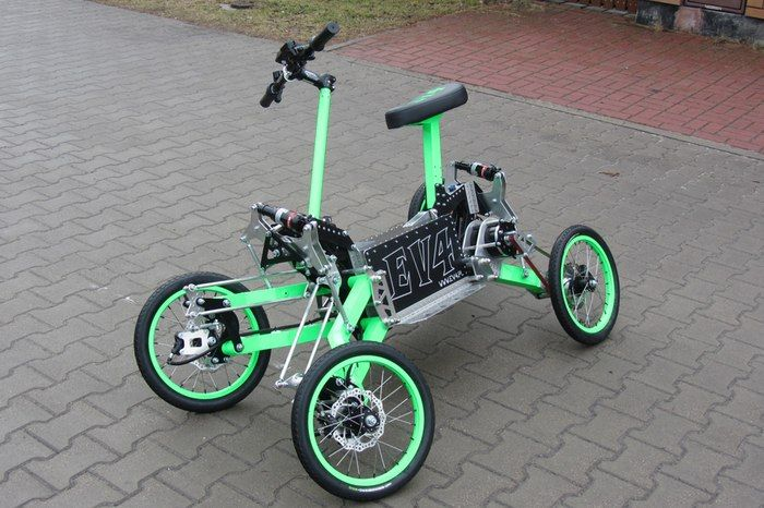 EV4 four-wheel-drive electric scooter leans into turns