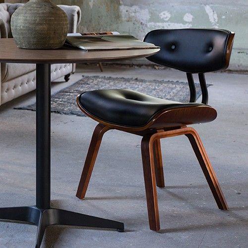 Frame stoel: Walnoot fineer over gebogen hout. Zittling & rugleuning: kunstleer (100% PU) Maximale draaggewicht: 120 KG