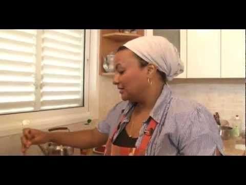 The wonders of the Ethiopian cuisine 3 (*) sega wat..Ethiopian food..Not English language but if you watch you might get the point