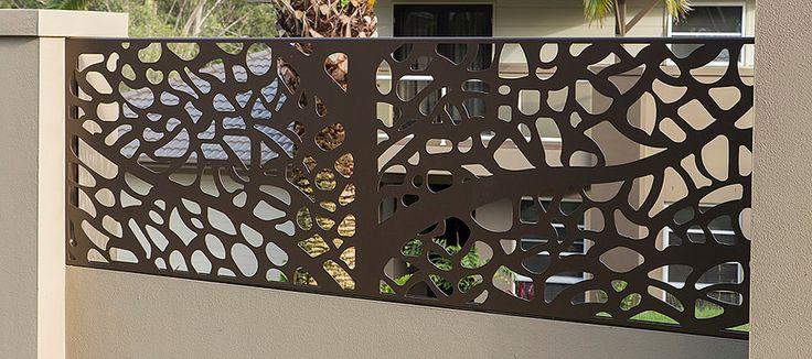A primeira impressão é a que fica, logo as fachadas e muros valorizam a sua residência ou empresa para tornar atraente aos visitantes.