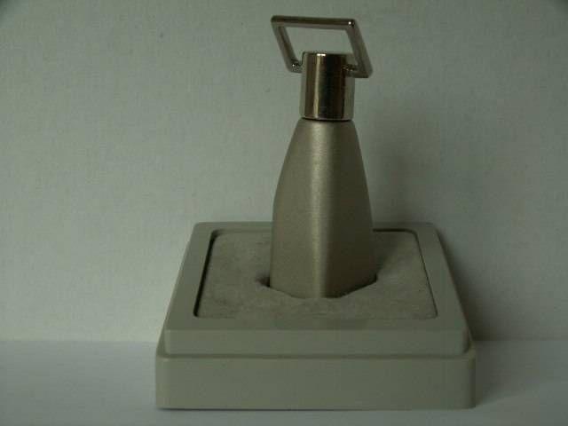 """Résultat de recherche d'images pour """"miniature de parfum trussardi action"""""""